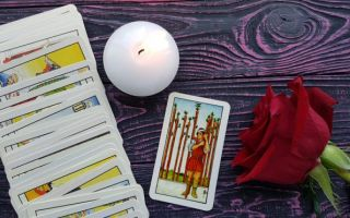 The Nine of Wands tarot card meanings